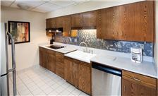 Kahler Inn & Suites Rooms - Suite with Kitchenette